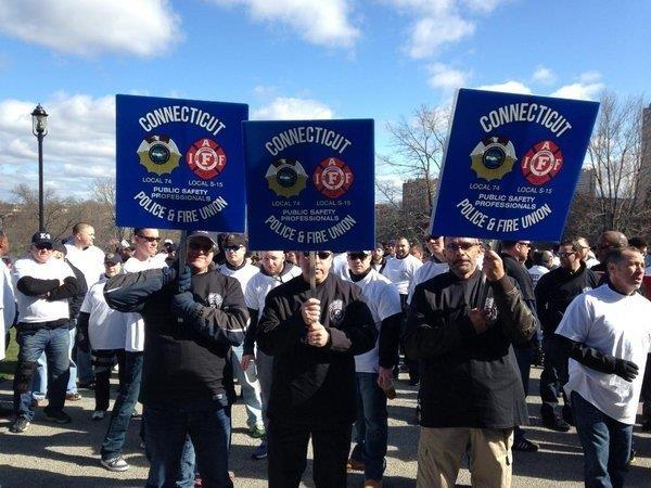 Respect Those Who Protect Rally Photos - Connecticut Police